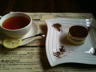 紅茶とティラミス