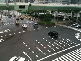 雨の 四ツ橋筋